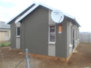 Neat newly build house for SALE in Savannah City ext 1 with 3 bedrooms, 2 bathrooms  R 550,000