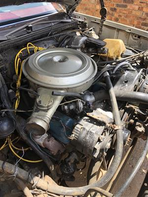 Chevrolet V8 motor & auto box