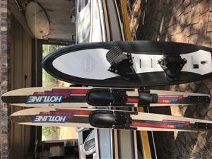 Mini Raven ski boat with ski equipment