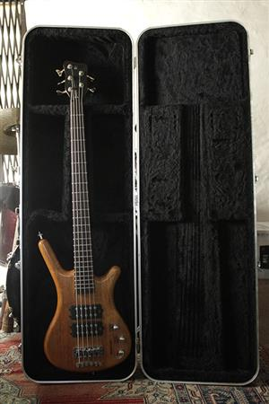 WARICK rock bass SS covert 5 string with MEC MM-Style pickups with hard case