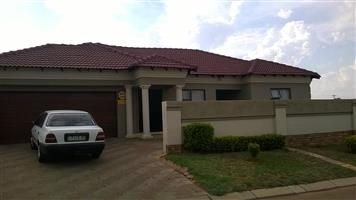 Lovely house for sale in Amandasig