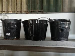 Black metal buckets for sale