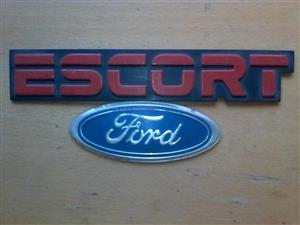 Ford escort xr 3 mags 2off and badges