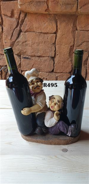 Classic 2 Bottle Wine Holder with 2 Bottles of Wine