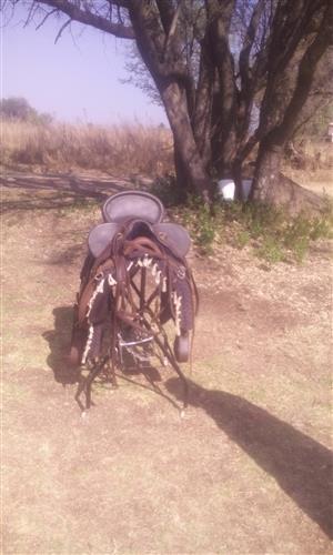 Australian outback saddle
