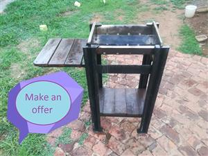 WOODEN TABLE STAND FOR SALE