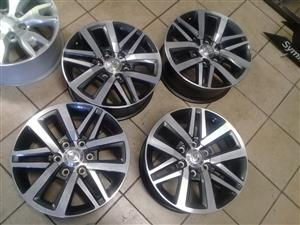 Toyota hilux/fortuner 18'' set of new speck mags 4x r7999 models 6x139 pcd, we do fitments and bala