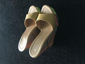 Shoes ladies R150