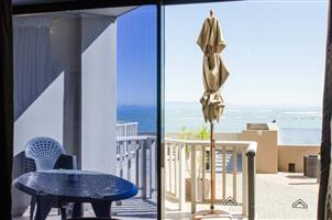 Strand Pavilion - Gold Crown Resort – 3br/8 sleeper self-catering unit