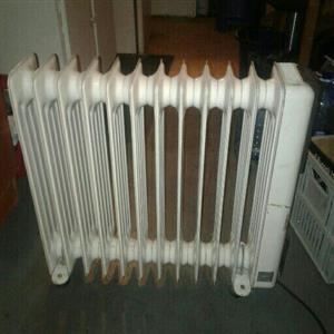 delongi11 fin oil heater