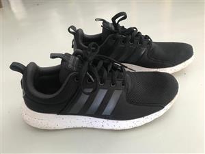 Original Adidas sneakers - good condition