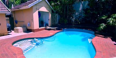 Lovely 4 or 5 bedroom home with student pad  and small pool and garden on the Bluff
