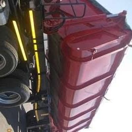 hydraulic installation for side tippers