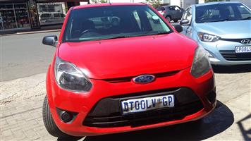 2012 Ford Figo hatch 1.5 Ambiente