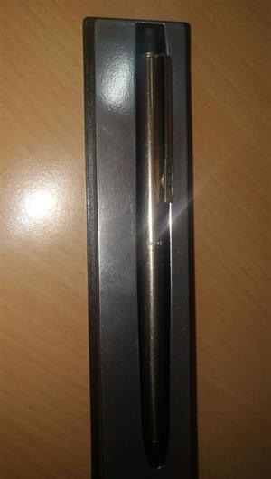 Papermate pen