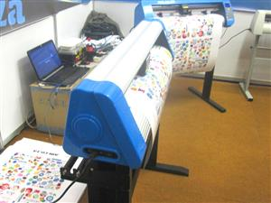 V6-904 V-Auto Superfast Wireless Vinyl Cutter 900mm, Automatic Contour Cutting Function