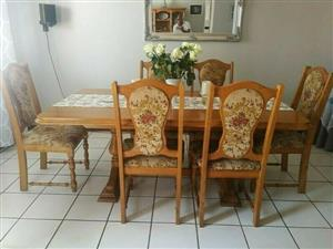 OAK DINING ROOM SIX SEATER Original 0ak Table,EXTENSION TABLE FOR SALE>