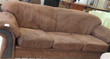 3 seater brown couch S032181A #Rosettenvillepawnshop