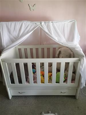 Cot, changing station and camping cot for sale