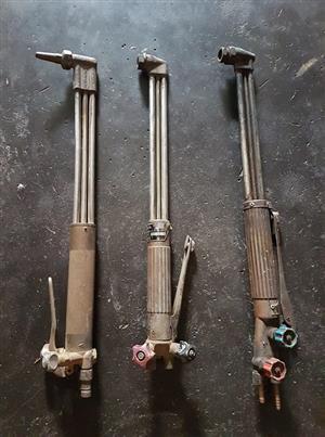 3 cutting torches