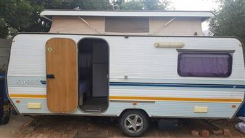 Baie mooi Sprite karavan Te koop