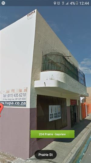 !!! HALF RENT FREE FOR THE FIRST MONTH !!!  Spacious Rooms and Bachelor flat to rent in Rosettenville