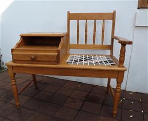 Oak, riempie telephone bench