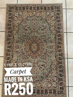 Rug for sale 1.1m X 0.7m