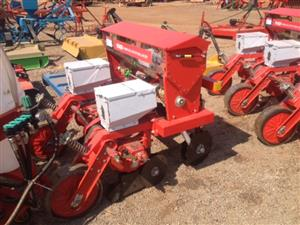 S3271 Red RY Agri 2 Row Maize Planter / 2 Ry Mielie Planter New Implement