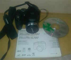 Fuji S5700 zoom camera (not working)