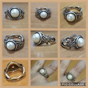 Wedding ring for sale