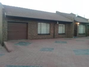 House for sale in Kwa-Guqa X7