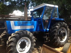 Blue New Holland 1880 DT 134kW/180Hp 4x4 Pre-Owned Tractor