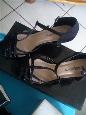 Shoes forsale