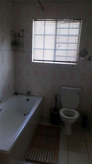 Spacious two bedroomed apartment to rent availiable immediately