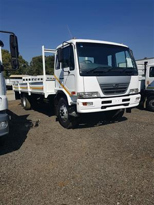 2009 Nissan UD80 dropside truck for sale