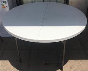 Fold up table round
