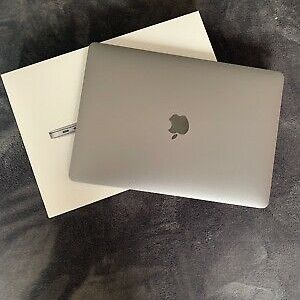 """Apple MacBook Air 13.3"""" 1.6GHZ 256GB SSD Space Gray MRE92LL/A NEWEST MODEL"""