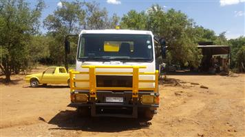 Water trucks / bowsers for sale. 2 available. 18000 and 16000 liter tanks.