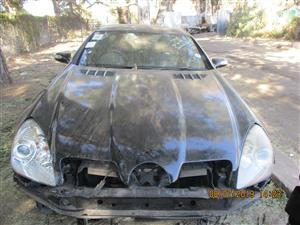 MERCEDES BENZ SLK 55 AMG STRIPPING FOR SPARES
