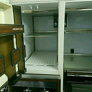 Speed queen antique large side by side fridge freezer combi with water and ice dispenser