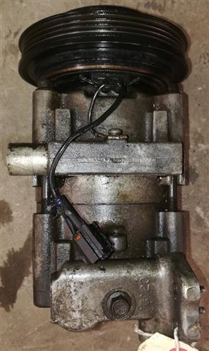 HYUNDAI ELANTRA J2 '96 AIR-CON PUMP FOR SALE