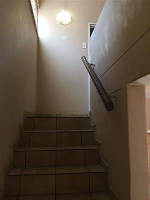 Three bedroom Duplex house in secured area to rent in CE 4 Vanderbijlpark
