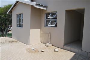 2 Bedroom Freestanding Unit in Winklespruit – R6500