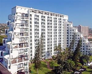 Umhlanga - Cabana Beach Penthouse to rent 11-18 May 2019 - R8,500