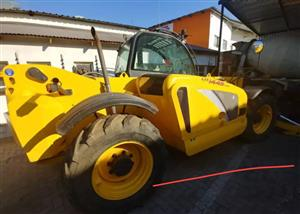New Holland Telehander for sale