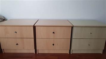 Side tables with 2 drawers for sale - 5 available