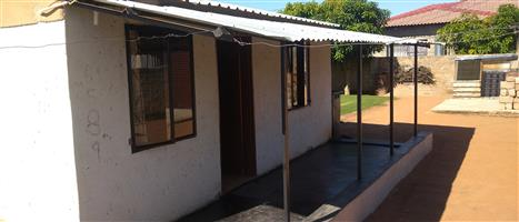 1 bedroom house and a garage in temba ext7 hammanskraal close to mall