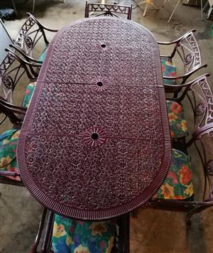 Patio set. Aluminium 8 seater in excellent condition. Benoni. R7000.00
