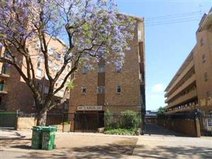 2 Bedroom Flat in Pretoria West – R 430 000